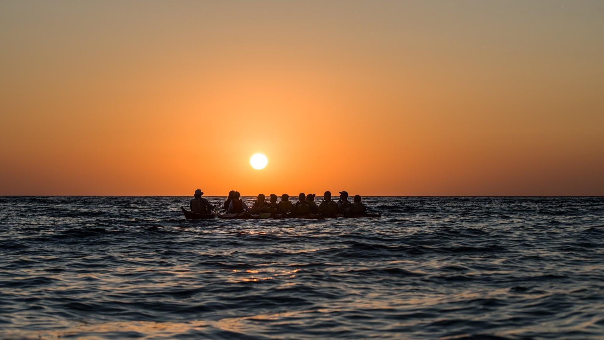 Santorini Sunset Sea Kayak